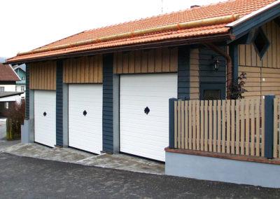 Portone basculante da garage BASCULINO - Stucco bianco C81