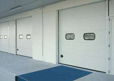 Portone sezionale industriale CARGO - Stucco banco C21 - 05