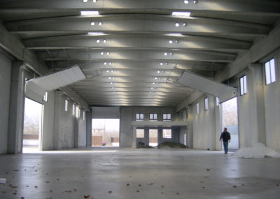 Portone sezionale industriale DOCK - Stucco bianco C21 vista interna - 02
