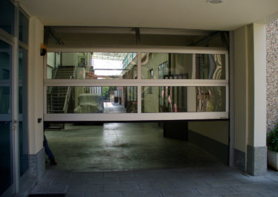 Portone sezionale vetrato LUX - Ossidato naturale - 01